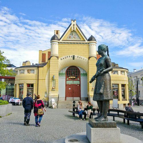 Kauppahalli-Siskotyton-paaty-kesa